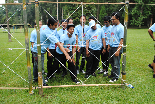 Bali Team Building Spider-web